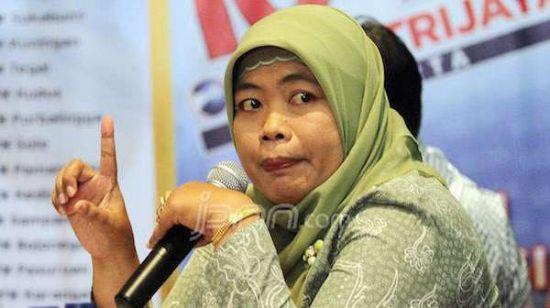 INDEF: Superwoman Mengubah Kesepakatan Pemerintah dan DPR